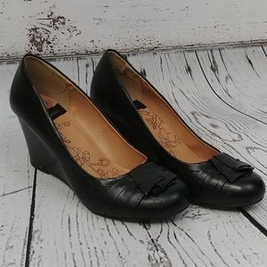 CL by Laundry Black Irmine Wedges